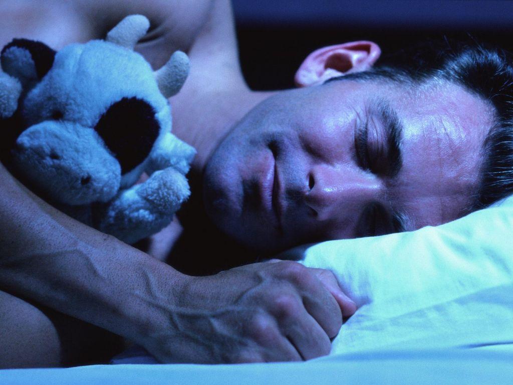 фото красивых спящих мжучин и женщин