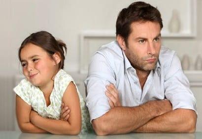Сексуальное поведение между отцом и дочкой